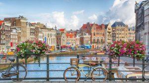 Amsterdam, thành phố không ngủ của Hà Lan.