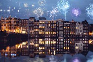 Khoảnh khắc đón năm mới tại Amsterdam.