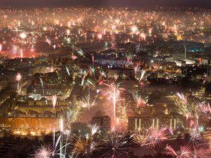 Những màn pháo hoa rực rỡ ở địa điểm đón năm mới Munich.