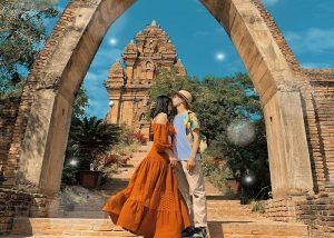 Tháp Poklong Garai là biểu trưng cho thời kì hưng thịnh đỉnh cao của văn hoá Chăm Pa.