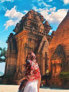 Tháp Bà Ponagar là điểm du lịch nổi tiếng của Tp. Nha Trang.