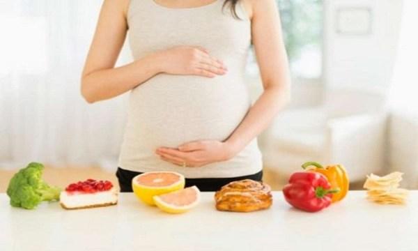 Dinh dưỡng cho mẹ bầu khi ốm nghén nặng, buồn nôn