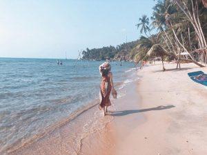 Bãi Bàng được mệnh danh là bãi biển đẹp nhất Hòn Sơn.