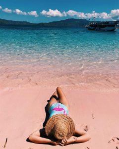 Bãi biển Pink Beach