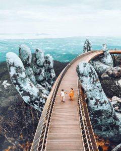 Cầu Vàng, công trình ấn tượng nhất thế giới.