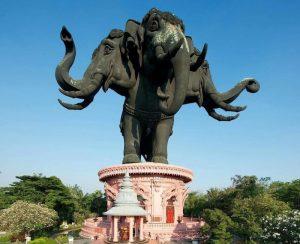 Bức tượng voi 3 đầu khổng lồ, công trình ấn tượng ở Thái Lan.