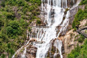 Núi Thiên Thai được cho là trước đây nằm trên lưng con rùa mà Nữ Oa đã di dời nó đến vị trí hiện tại.