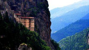 Tu viện Sumela được xây dựng vào khoảng năm 386.